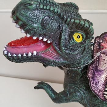 """Dinozauras """" Dino"""" skleidžiantis garsus"""